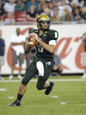 TAMPA, FL - OCTOBER 2:  Quarterback Matt Grothe #8 of the University of South Florida Bulls sets to pass against the Pittsburgh Panthers at Raymond James Stadium on October 2, 2008 in Tampa, Florida.  (Photo by Al Messerschmidt/Getty Images)