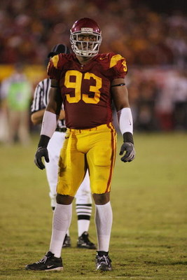 LOS ANGELES - NOVEMBER 8:  Everson Griffen #93 of the USC Trojans looks on against the California Bears on November 8, 2008 at the Los Angeles Memorial Coliseum in Los Angeles, California.  USC won 17-3.  (Photo by Jeff Golden/Getty Images)