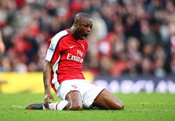 LONDON - FEBRUARY 21:  William Gallas of Arsenal shows his fustration at missing a last gasp attempt during the Barclays Premier League match between Arsenal and Sunderland at Emirates Stadium on February 21, 2009 in London, England.  (Photo by Phil Cole/