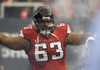 ATLANTA - NOVEMBER 9: Guard Justin Blalock #63 of the Atlanta Falcons takes the field before play against the New Orleans Saints at the Georgia Dome on November 9, 2008 in Atlanta, Georgia.  (Photo by Al Messerschmidt/Getty Images)