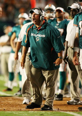 MIAMI - AUGUST 17:  Head coach Tony Sparano of the Miami Dolphins yells out to his offense while taking on the Jacksonville Jaguars during a preseason game at Landshark Stadium on August 17, 2009 in Miami, Florida.  (Photo by Doug Benc/Getty Images)