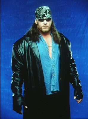 370782 02: World Wrestling Federation's Wrestler Undertaker Poses June 12, 2000 In Los Angeles, Ca.  (Photo By Getty Images)