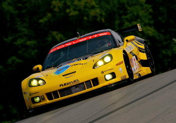 LEXINGTON, OH - AUGUST 07: Jan Magnussen drives the GT2 Corvette Racing Chevrolet Corvette C6-R during practice for the American Le Mans Series Acura Sports Car Challenge on August 7, 2009 at the Mid-Ohio Sports Car Course in Lexington, Ohio  (Photo by Da