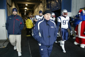 ORCHARD PARK, NY - DECEMBER 28:  Head coach Bill Belichick of the New England Patriots walks toward the field before the game against the Buffalo Bills on December 28, 2008 at Ralph Wilson Stadium in Orchard Park, New York. (Photo by Rick Stewart/Getty Im