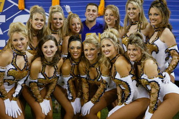 ATLANTA, GA - DECEMBER 6:  The Tiger Girls, the dance team at LSU, pose for a picutre during the SEC Championship Game against the Georgia Bulldogs on December 6, 2003 at the Georgia Dome in Atlanta, Georgia. LSU defeated Georgia 34-13. (Photo by Jamie Sq