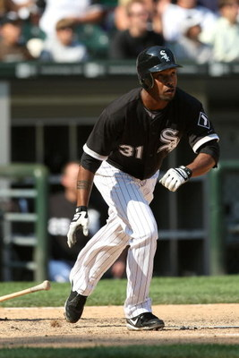 CHICAGO - AUGUST 06:  Dewayne Wise #31 of the Chicago White Sox hits a solo home run in the bottom of the ninth inning against the Los Angeles Angels of Anaheim at U.S. Cellular Field on August 6, 2009 in Chicago, Illinois.  (Photo by Jonathan Daniel/Gett