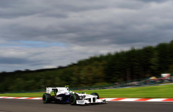 SPA FRANCORCHAMPS, BELGIUM - AUGUST 30:  Nick Heidfeld of Germany and BMW Sauber drives during the Belgian Grand Prix at the Circuit of Spa Francorchamps on August 30, 2009 in Spa Francorchamps, Belgium.  (Photo by Clive Mason/Getty Images)