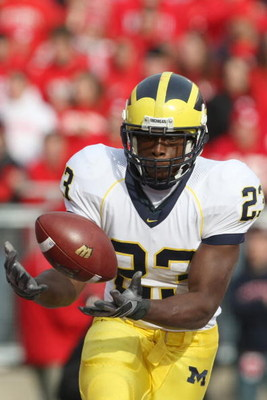MADISON - NOVEMBER 10:  Carlos Brown #23 of the Michigan Wolverines catches a pass during the game against the Wisconsin Badgers at Camp Randall Stadium on November 10, 2007 in Madison, Wisconsin. (Photo by Jonathan Daniel/Getty Images)