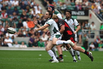 TWICKENHAM, ENGLAND - SEPTEMBER 05:  Ryan Lamb of London Irish passes the ball during the Guinness Premiership match between Saracens and London Irish at Twickenham Stadium on September 5, 2009 in Twickenham, England.  (Photo by David Rogers/Getty Images)