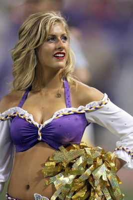 MINNEAPOLIS - AUGUST 10:  A cheerleader of the Minnesota Vikings looks on the field during the game against of the St. Louis Rams on August 10, 2007 at the H.H.H. Metrodome in Minneapolis, Minnesota. (Photo by David Sherman/Getty Images)