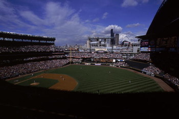 11 Oct 2001:  A general view of the American League Division Series Game Two between the Cleveland Indians and the Seattle Mariners at Safeco Field in Seattle, Washington.  The Mariners defeated the Indians 5-1.Mandatory Credit: Otto Greule  /Allsport