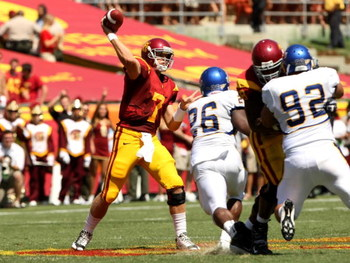 LOS ANGELES, CA - SEPTEMBER 05:  Quarterback Matt Barkley #7 of the USC Trojans throws a pass during the game against the San Jose State Spartans on September 5, 2009 at the Los Angeles Coliseum in Los Angeles, California.  The Trojans won 56-3.  (Photo b