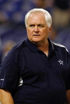 MINNEAPOLIS, MN - SEPTEMBER 4: Head coach Wade Phillips of the Dallas Cowboys walks on the field against the Minnesota Vikings at Hubert H. Humphrey Metrodome on September 4, 2009 in Minneapolis, Minnesota. (Photo by Scott Boehm/Getty Images)