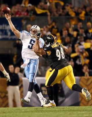 PITTSBURGH - SEPTEMBER 11:  Casey Hampton #98 of the Pittsburgh Steelers pressures Kerry Collins #5 of the Tennessee Titans on September 11, 2009 at Heinz Field in Pittsburgh, Pennsylvania. The Steelers defeated the Titans 13-10 in overtime.  (Photo by El