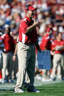 PASADENA, CA - OCTOBER 18:  Head coach Jim Harbaugh of the Stanford Cardinal reacts during the game against the UCLA Bruins on October 18, 2008 at the Rose Bowl in Pasadena, California.  (Photo by Harry How/Getty Images)