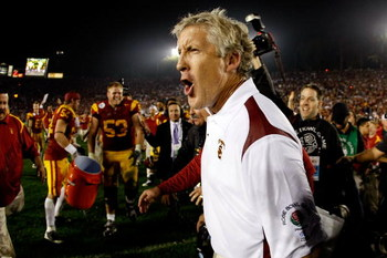 PASADENA, CA - JANUARY 01:  Head coach Pete Carroll of the USC Trojans celebrates after defeating the Penn State Nittany Lions at the 95th Rose Bowl Game presented by Citi on January 1, 2009 at the Rose Bowl in Pasadena, California.  (Photo by Harry How/G