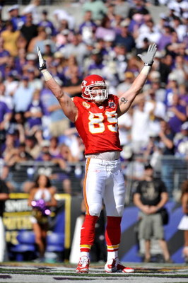 BALTIMORE - SEPTEMBER 13:  Sean Ryan #89 of the Kansas City Chiefs celebrates his touchdown against the Baltimore Ravens at M&T Bank Stadium on September 13, 2009 in Baltimore, Maryland. The Ravens defeated the Chiefs 38-24. (Photo by Larry French/Getty I