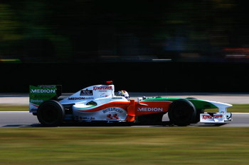 MONZA, ITALY - SEPTEMBER 13:  Adrian Sutil of Germany and Force India drives during the Italian Formula One Grand Prix at the Autodromo Nazionale di Monza on September 13, 2009 in Monza, Italy.  (Photo by Clive Rose/Getty Images)