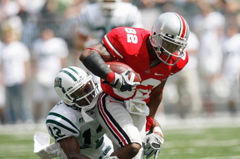 COLUMBUS, OH - SEPTEMBER 06:  Ray Small #82 of the Ohio State Buckeyes carries the ball during the game against the Ohio Bobcats at Ohio Stadium on September 6, 2008 in Columbus, Ohio.  (Photo by Kevin C. Cox/Getty Images)
