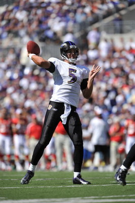 BALTIMORE - SEPTEMBER 13:  Joe Flacco #5 of the Baltimore Ravens passes against the Kansas City Chiefs at M&T Bank Stadium on September 13, 2009 in Baltimore, Maryland. The Ravens defeated the Chiefs 38-24. (Photo by Larry French/Getty Images)