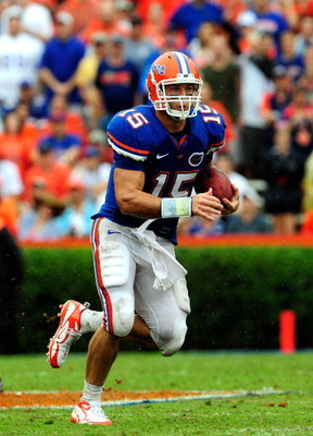 GAINESVILLE, FL - SEPTEMBER 12:  Tim Tebow #15 of the Florida Gators runs for yardage during the game against the Troy Trojans at Ben Hill Griffin Stadium on September 12, 2009 in Gainesville, Florida.  (Photo by Sam Greenwood/Getty Images)