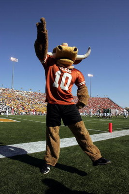 WACO, TX - NOVEMBER 5:  The Texas Longhorns mascot celebrates in the game with the Baylor Bears on November 5, 2005 at Floyd Casey Stadium in Waco, Texas. Texas defeated Baylor 62-0.  (Photo by Stephen Dunn /Getty Images)
