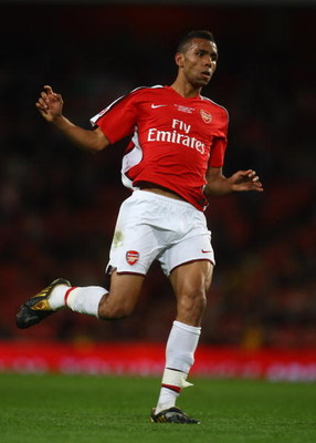 LONDON, ENGLAND - MAY 22:  Kyle Bartley of Arsenal in action during the FA Youth Cup Final 1st Leg match between Arsenal and Liverpool at The Emirates Stadium on May 22, 2009 in London, England.  (Photo by Julian Finney/Getty Images)