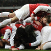 Everton-celebration-pile-up_crop_100x100