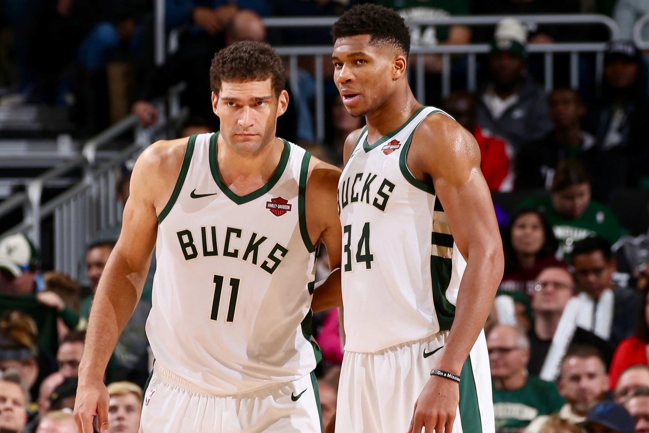 Brook Lopez Couldn't Fit Better Next to Giannis in Milwaukee Bucks' Title Chase | Bleacher Report | Latest News, Videos and Highlights