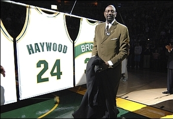Spencer Haywood's jersey getting retired by the Seattle SuperSonics in 2007.