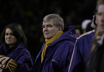 Mark Emmert watches Washington's defense collapse in 2007 Apple Cup loss to Washington State (Photo courtesy of Derek Johnson Books)