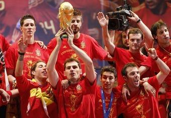 Dream Match: 2010 Spain vs. 2011 Uruguay