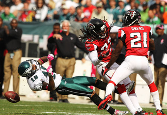 PHILADELPHIA - OCTOBER 17:  DeSean Jackson #10 of the Philadelphia Eagles is laid out by Dunta Robinson #23 of the Atlanta Falcons during their game at Lincoln Financial Field on October 17, 2010 in Philadelphia, Pennsylvania.  Both players were injured o