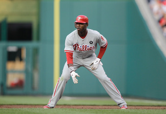 WASHINGTON, DC - MAY 31:  Domonic Brown #9 of the Philadelphia Phillies on the bases against the Washington Nationals at Nationals Park on May 31, 2011 in Washington, DC. The Braves won 2-0. (Photo by Rob Carr/Getty Images)