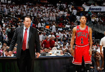 ATLANTA, GA - MAY 06:  Tom Thibodeau and Derrick Rose #1 of the Chicago Bulls against the Atlanta Hawks in Game Three of the Eastern Conference Semifinals in the 2011 NBA Playoffs at Phillips Arena on May 6, 2011 in Atlanta, Georgia.  NOTE TO USER: User e