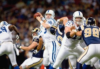 ST. LOUIS, MO - OCTOBER 25:  Quarterback Peyton Manning #18 of the Indianapolis Colts looks to pass the ball against the St. Louis Rams at the Edward Jones Dome on October 25, 2009 in St. Louis, Missouri.  (Photo by Dilip Vishwanat/Getty Images)