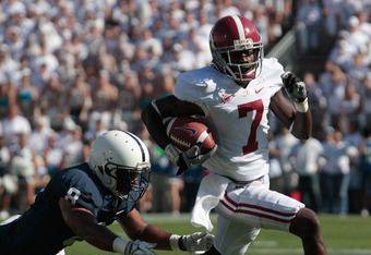 Kenny Bell races for yards