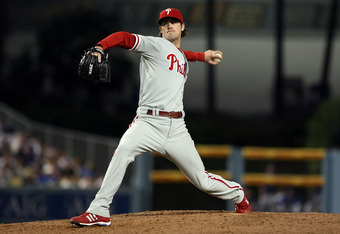 Cole Hamels pitches against the LA Dodgers in the 2008 NLCS.