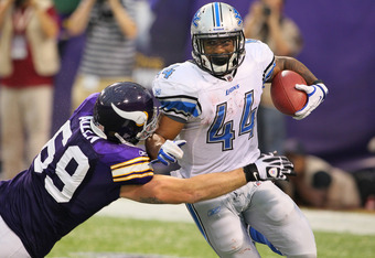 MINNEAPOLIS, MN - SEPTEMBER 25:  Jared Allen #69 of the Minnesota Vikings tackles Jahvid Best #44 of the Detroit Lions late in the game at the Hubert H. Humphrey Metrodome on September 25, 2011 in Minneapolis, Minnesota.  (Photo by Adam Bettcher /Getty Im