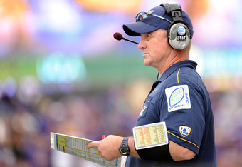 SEATTLE, WA - SEPTEMBER 24:  Head coach Jeff Tedford of the California Golden Bears looks on from the sidelines as his team trails 31-23 to the Washington Huskies during the fourth quarter at Husky Stadium on September 24, 2011 in Seattle, Washington.  (P