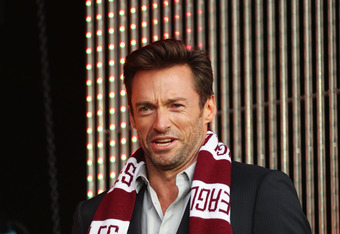SYDNEY, AUSTRALIA - SEPTEMBER 29:  Hugh Jackman attends the 2011 NRL Grand Final Fan Day at Darling Harbour on September 29, 2011 in Sydney, Australia.  (Photo by Matt King/Getty Images)