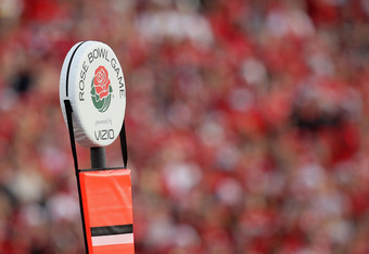 PASADENA, CA - JANUARY 01:  A view of the yardage marker during the 97th Rose Bowl game between the Wisconsin Badgers and the TCU Horned Frogs on January 1, 2011 in Pasadena, California.  (Photo by Stephen Dunn/Getty Images)