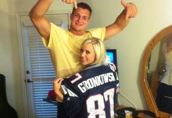 Bibi Jones Makes Patriots' Rob Gronkowski a Household Name ...  Bibi