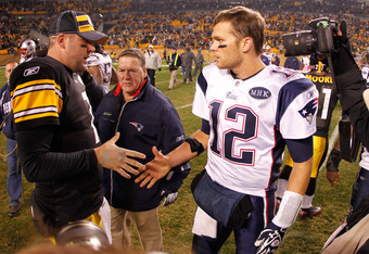 PITTSBURGH, PA - OCTOBER 30:  (L-R) Ben Roethlisberger #7 of the Pittsburgh Steelers shakes hands after the game with Tom Brady #12 of the New England Patriots at Heinz Field on October 30, 2011 in Pittsburgh, Pennsylvania.  (Photo by Gregory Shamus/Getty