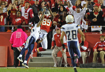 KANSAS CITY, MO - OCTOBER 31:  Wide receiver Jonathan Baldwin #89 of the Kansas City Chiefs pulls in a 39-yard touchdown pass against the San Diego Chargers during the first quarter on October 31, 2011 at Arrowhead Stadium in Kansas City, Missouri.  (Phot