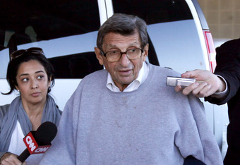 UNIVERSITY PARK, PA - NOVEMBER 08:  Penn State University head football coach Joe Paterno is surrounded by the media while leaving the team's football building on November 8, 2011 in University Park, Pennsylvania. Amid allegations that former assistant Je