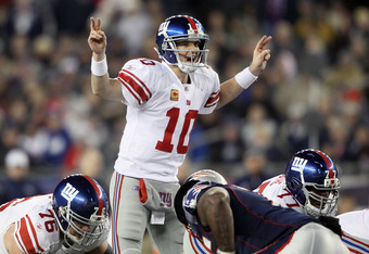 FOXBORO, MA - NOVEMBER 06:  Eli Manning #10 of the New York Giants calls out the play in the fourth quarter against the New England Patriots on November 6, 2011 at Gillette Stadium in Foxboro, Massachusetts. The New York Giants defeated the New England Pa