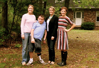 Kellyn Gowen, brother Ryan Schuck and family live each day with a Yes You Can attitude
