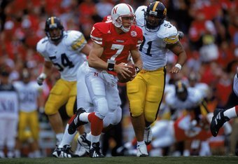23 Sep 2000: Quarterback Eric Crouch #7 of the Nebraska Cornhuskers scrambles with the ball during the game against the Iowa Hawkeyes at the Memorial Stadium in Lincoln, Nebraska. The Cornhuskers defeated the Hawkeyes 42-13.Mandatory Credit: Brian Bahr  /