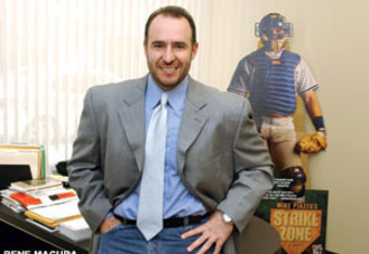 Agent Dan Lozano